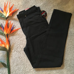 NEW~Gloria Vanderbilt Stretch Jeans